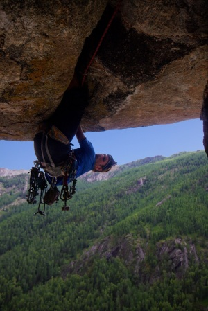 Diamond roof (Feeling great on the inversion section of the roof) Photo Ana Pautler