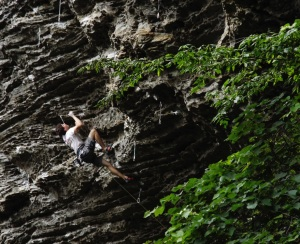 Jesse Grupper send his first 14a, Omaha Beach - Photo By: Zoe Steinberg